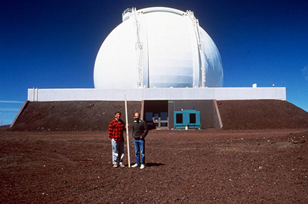 Jerry Nelson (left) with Terry Mast in front of the Keck I dome.